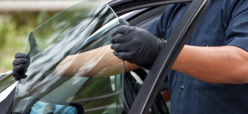 Как заменить окно автомобиля